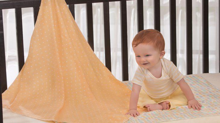 vestir una cuna de bebe